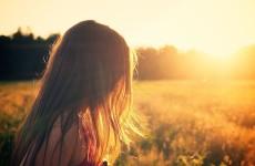 Cum să-ți protejezi părul în timpul verii