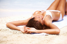 Razele solare provoacă îmbătrânirea pielii