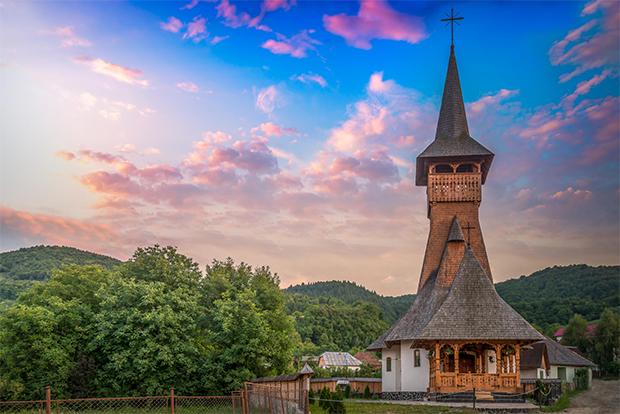 Biserică în Maramureș